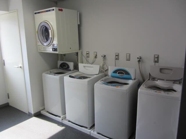 追浜西ドミトリーの共用の洗濯機
